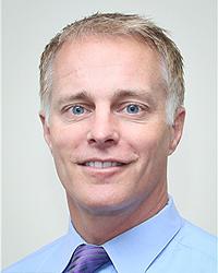 Доктор Thomas E. Rohrer